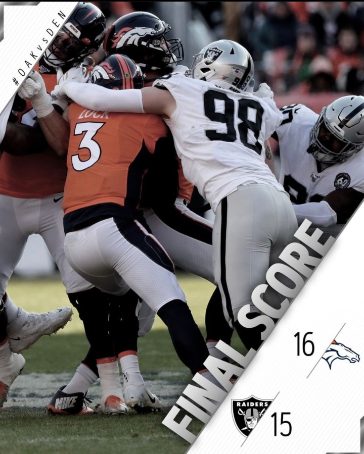 And that's a wrap. #Raiders season over after losing a close in Denver in Week 17: Viva Las Vegas!#RaiderNation